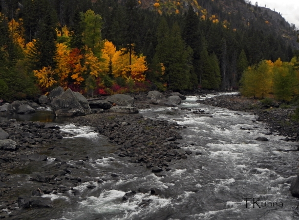The Tumwater Canyon in October