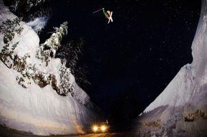 skier-jump-colorado-gap-mount-baker-paul-kimbrough_34871_600x450